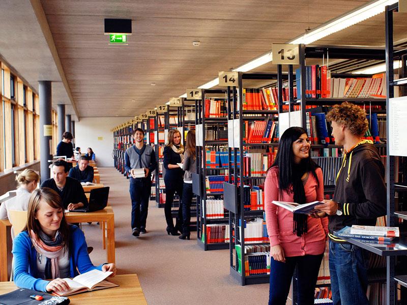 Bibliothek Campus Kuenzelsau