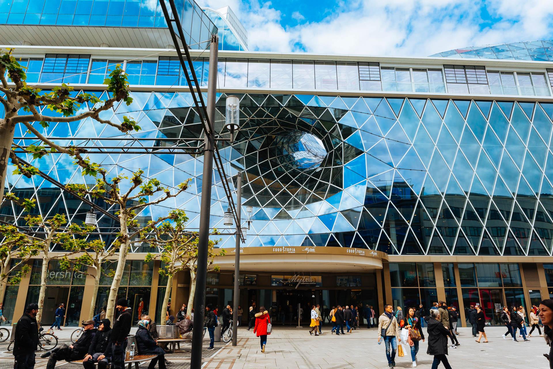 Frankfurt shopping mall
